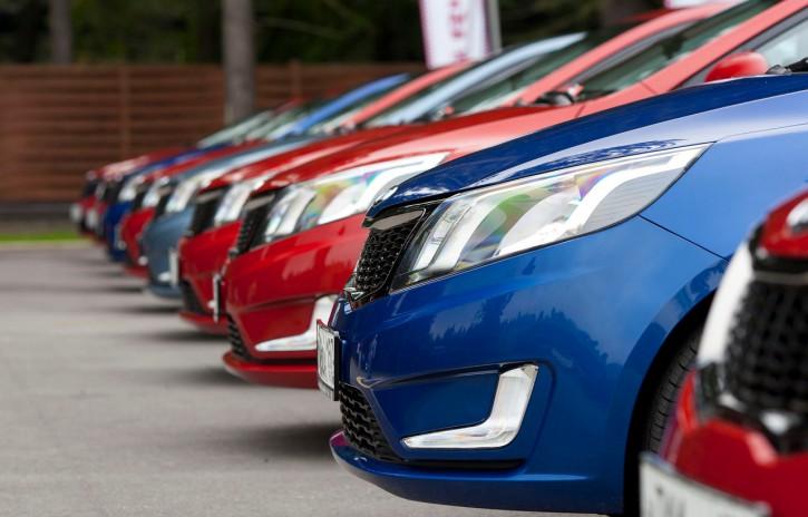 Согласно статистики автомобильный рынок Украины продолжает прогибаться