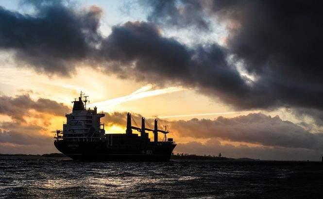 После ареста одного из судов РФ, российские судовладельцы приостановили перевозки грузов в Украину